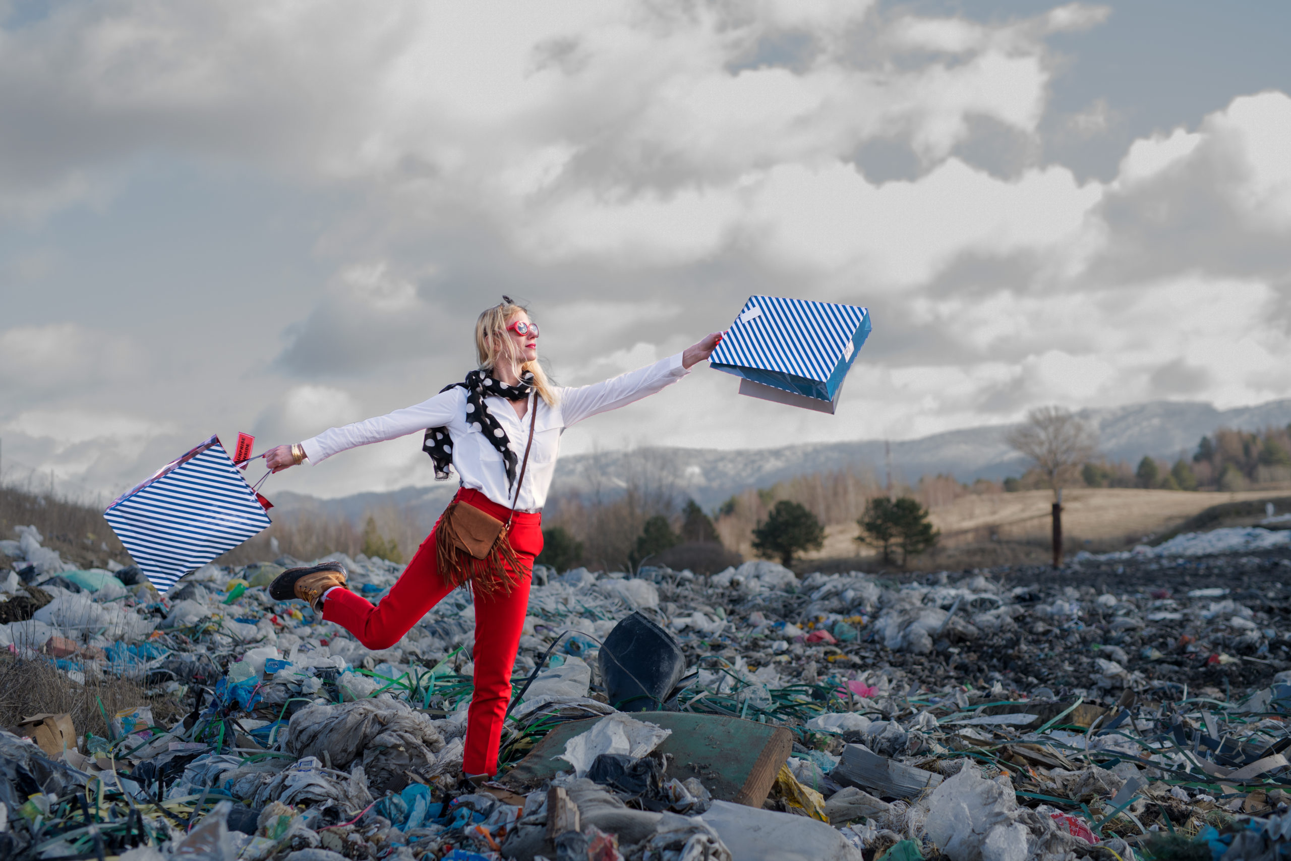 © Depositphotos. 85% of textiles end up in landfills or are incinerated, with most of these materials suitable for reuse.