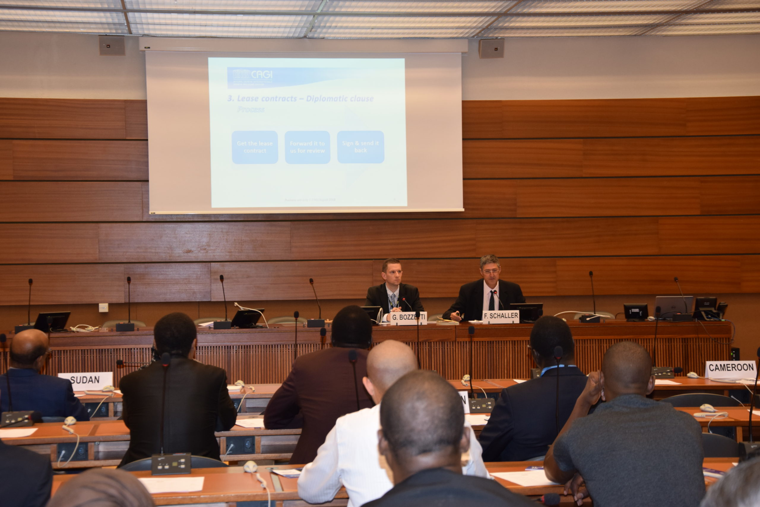 CAGI's housing team at an information session at UNOG ©CAGI