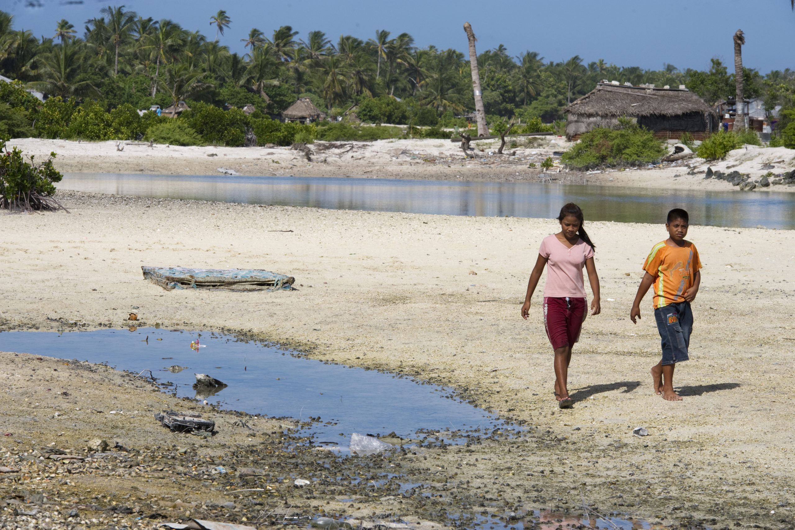Locals in Tebikenikora, a village in the Pacific island nation of Kiribati, affected by climate change. Credit: UN Photo/Eskinder Debebe
