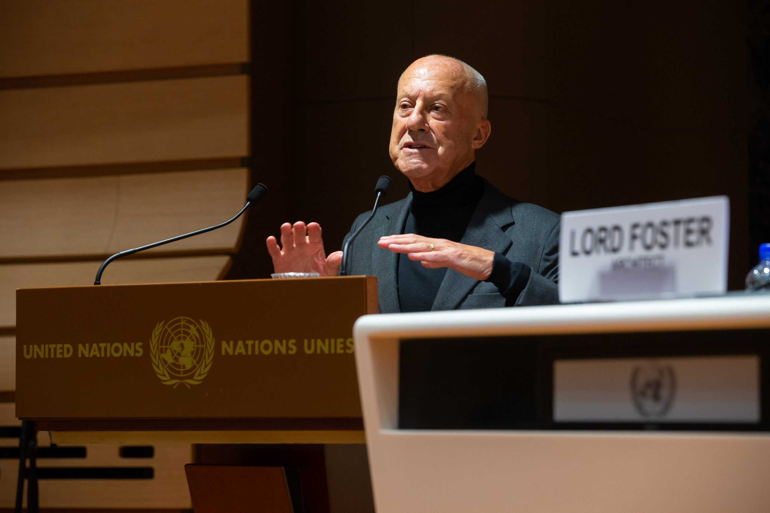 Lord Foster addressing A message to Mayors, during the Forum of Mayors 2020. Palais des Nations, October 6, 2020. © Photo UNECE/Pierre Albouy