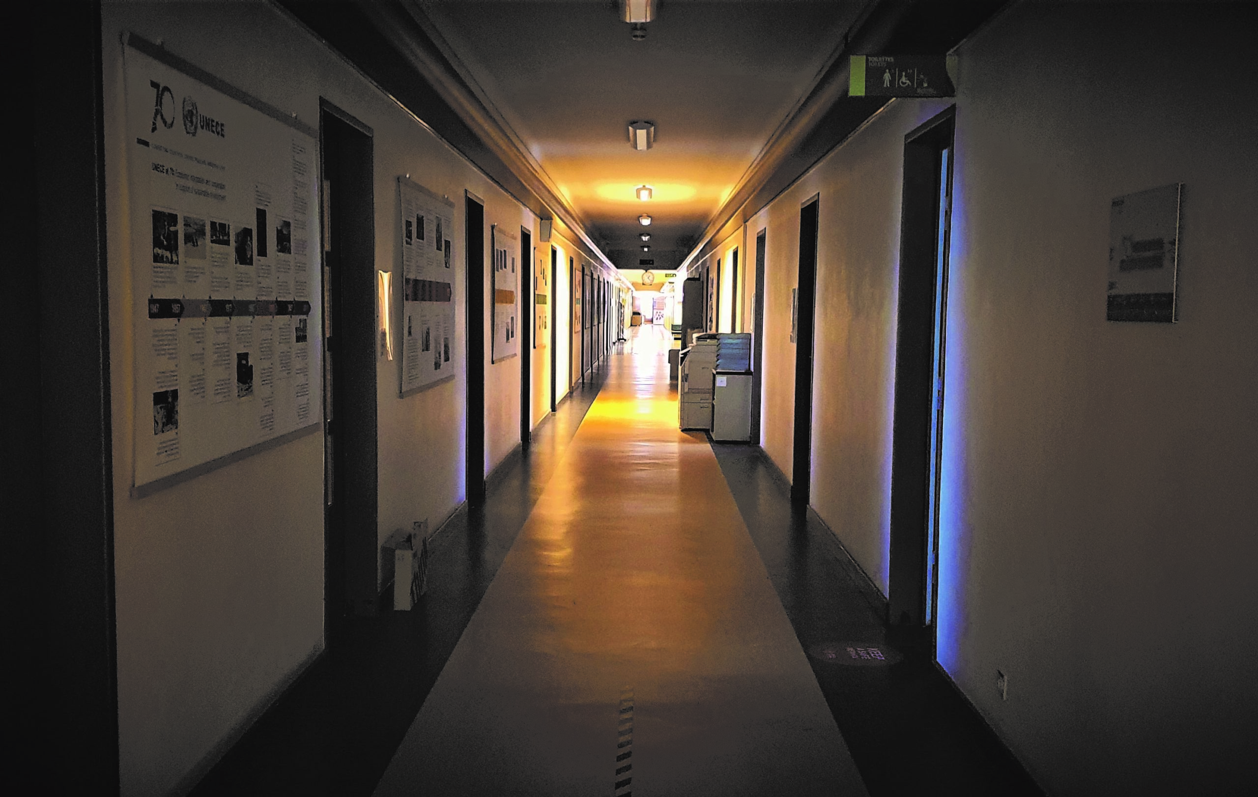 La fin de la pandémie et la reprise du travail au Palais des Nations laisseront-elles voir la lumière au bout du tunnel ?