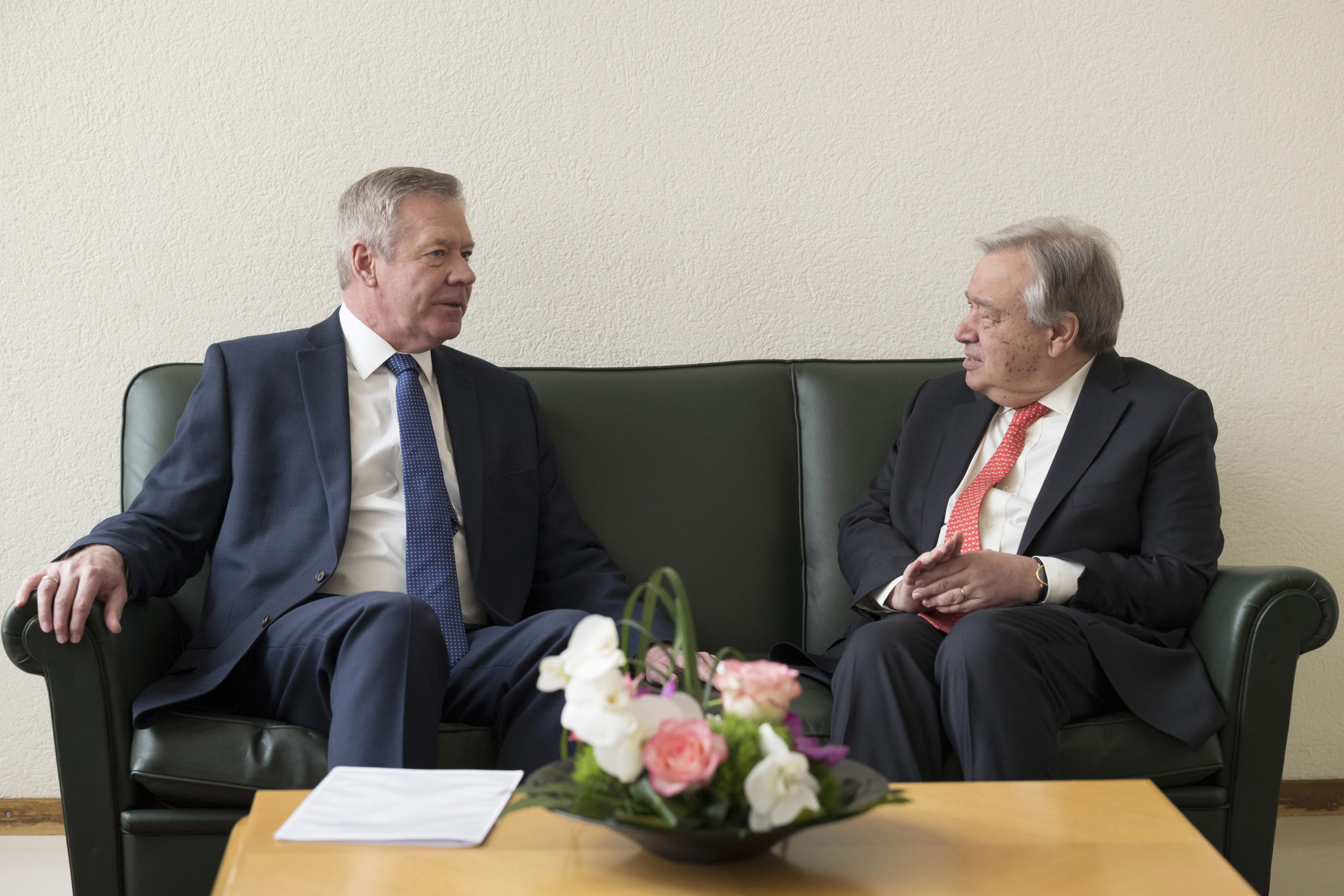 Secretary-General Antonio Guterres (right) in meeting with Gennady Gatilov, (left) during the High Level Pledging Event for the Humanitarian Crisis in April 2018. © UN photo / Jean-Marc Ferré