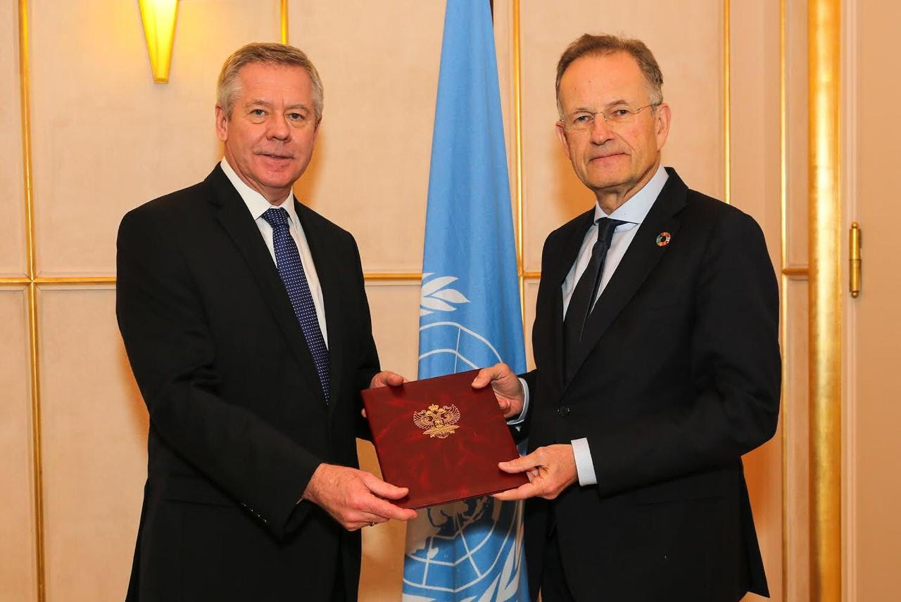 Gennady Gatilov, the Permanent Representative of Russia to the United Nations Office at Geneva, presenting his credentials to Michael Møller, former Director-General of the United Nations Office at Geneva.