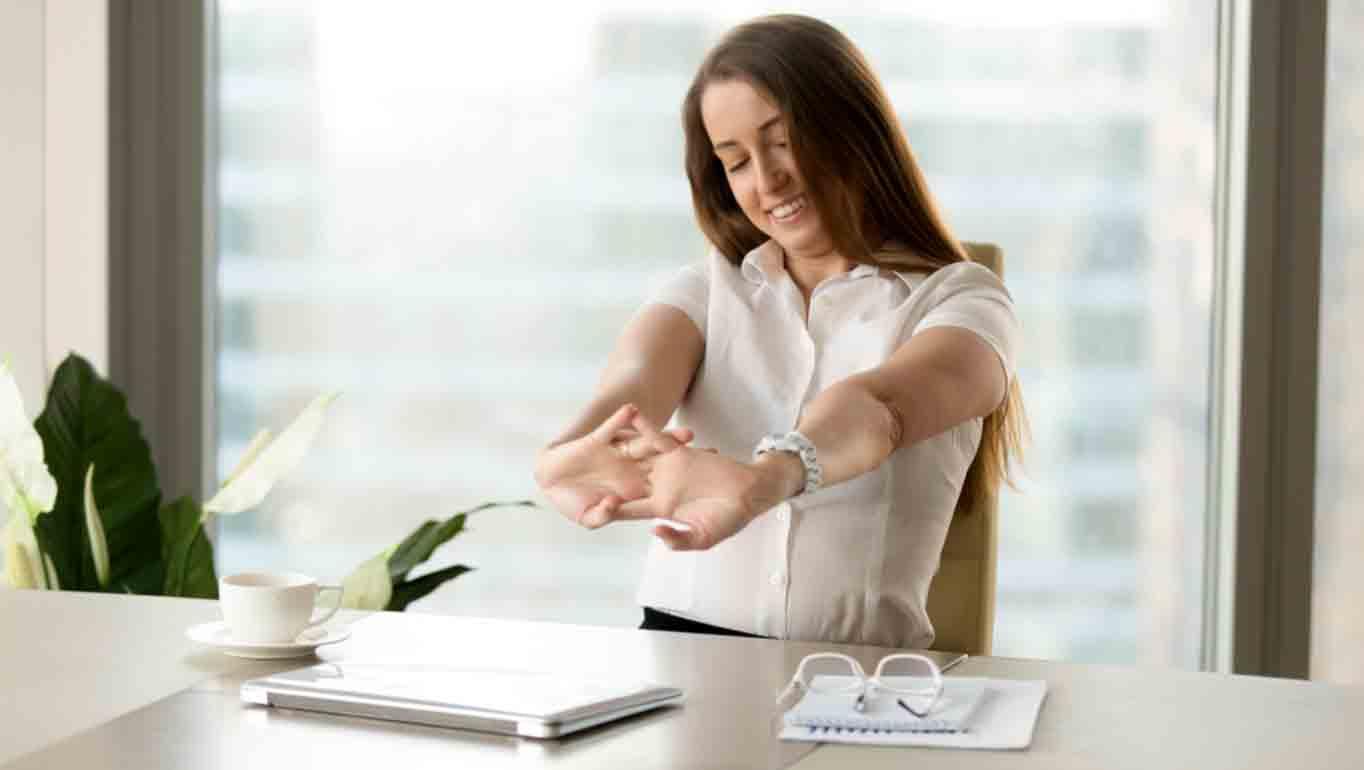 L'importance d'une bonne posture et de l'étirement de la colonne vertébrale